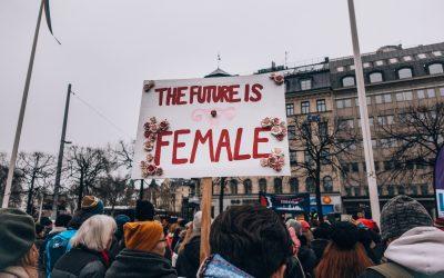 Perché abbiamo ancora bisogno del femminismo? In un mondo di stereotipi di genere, alle donne sono precluse molte possibilità
