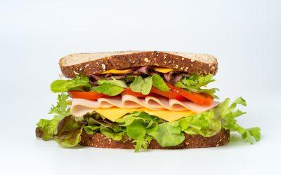Generazione sandwich: le donne che curano
